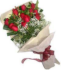11 adet kirmizi güllerden özel buket  Ankara internetten çiçek siparişi