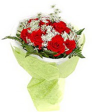 Ankara çiçek , çiçekçi , çiçekçilik  7 adet kirmizi gül buketi tanzimi