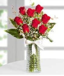 7 Adet vazoda kırmızı gül sevgiliye özel  Ankara çiçek siparişi sitesi