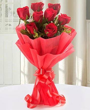 9 adet kırmızı gülden modern buket  Ankara İnternetten çiçek siparişi