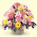 Ankara uluslararası çiçek gönderme  sepet içerisinde gül ve mevsim