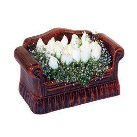 seramik içerisinde 11 gül  Ankara hediye çiçek yolla