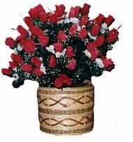 yapay kirmizi güller sepeti   Ankara kaliteli taze ve ucuz çiçekler