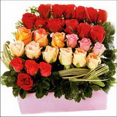 15 adet renkli gül ve cam   Ankara çiçekçi mağazası