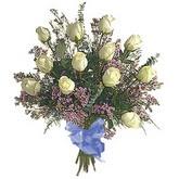 bir düzine beyaz gül buketi   Ankara çiçek gönderme sitemiz güvenlidir