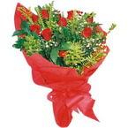 10 adet kirmizi gül buketi  Ankara çiçek yolla