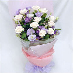 Ankara internetten çiçek satışı  BEYAZ GÜLLER VE KIR ÇIÇEKLERIS BUKETI