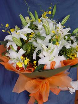 Ankara internetten çiçek satışı  5 ADET KAZABLANKA BUKETI KALITEDEN SASMAYANLARA