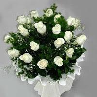Ankara hediye çiçek yolla  11 adet beyaz gül buketi ve bembeyaz amnbalaj