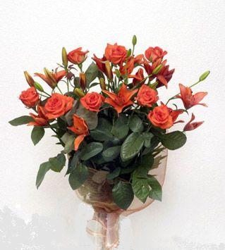 9 adet gül ve 3 adet lilyum çiçegi buketi   Ankara cicek , cicekci