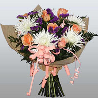 güller ve kir çiçekleri demeti   Ankara çiçekçiler