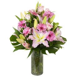 vazo içerisinde karisik mevsim çiçekleri  Ankara internetten çiçek siparişi