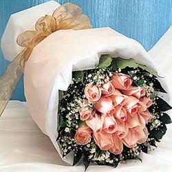 12 adet sonya gül buketi anneler günü için olabilir   Ankara İnternetten çiçek siparişi