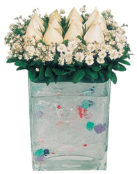 Ankara çiçekçi mağazası  7 adet beyaz gül cam yada mika vazo tanzim