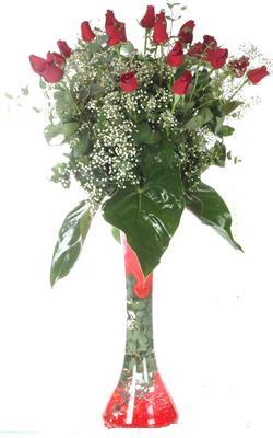 Ankara uluslararası çiçek gönderme  19 ADET GÜL VE FIL CAM AYAGI