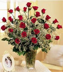 Ankara çiçek , çiçekçi , çiçekçilik  özel günler için 12 adet kirmizi gül
