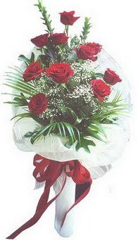 Ankara hediye çiçek yolla  10 adet kirmizi gülden buket tanzimi özel anlara
