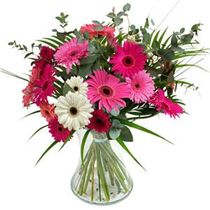 15 adet gerbera ve vazo çiçek tanzimi  Ankara online çiçek gönderme sipariş