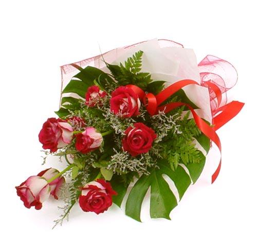 çiçek gönder 7 adet kirmizi gül buketi  Ankara kaliteli taze ve ucuz çiçekler