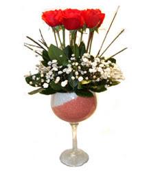 Ankara çiçekçiler  cam kadeh içinde 7 adet kirmizi gül çiçek