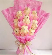 9 adet pelus ayicik buketi  Ankara anneler günü çiçek yolla