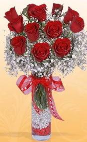 10 adet kirmizi gülden vazo tanzimi  Ankara çiçek siparişi sitesi