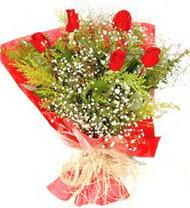Ankara anneler günü çiçek yolla  5 adet kirmizi gül buketi demeti