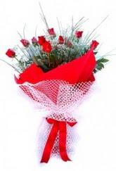 Ankara İnternetten çiçek siparişi  9 adet kirmizi gül buketi demeti