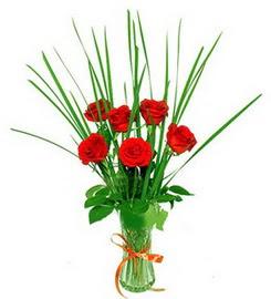 Ankara çiçek , çiçekçi , çiçekçilik  6 adet kırmızı güllerden vazo çiçeği