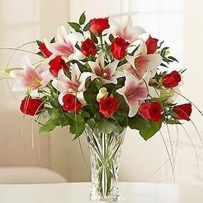 Ankara çiçek mağazası , çiçekçi adresleri  12 adet kırmızı gül 1 dal kazablanka çiçeği