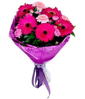 Ankara çiçek siparişi sitesi  karışık gerbera çiçeği buketi