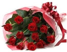 Sevgilime hediye eşsiz güller  Ankara uluslararası çiçek gönderme