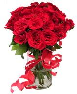 21 adet vazo içerisinde kırmızı gül  Ankara çiçek satışı