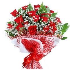 11 kırmızı gülden buket  Ankara 14 şubat sevgililer günü çiçek