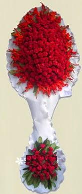 Çift katlı kıpkırmızı düğün açılış çiçeği  Ankara anneler günü çiçek yolla