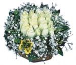 Ankara çiçekçiler  Beyaz harika bir gül sepeti