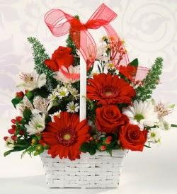 Karışık rengarenk mevsim çiçek sepeti  Ankara internetten çiçek siparişi