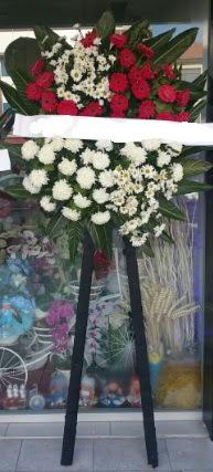 Cenaze çiçeği cenaze çiçek modelleri  Ankara çiçek siparişi sitesi