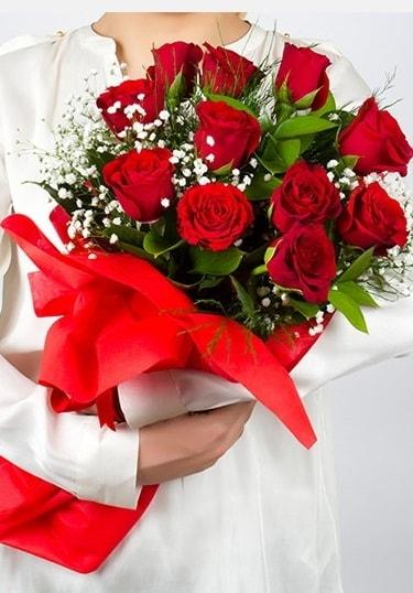 Aşk Gülleri 11 Adet kırmızı gül buketi  Ankara çiçekçi telefonları