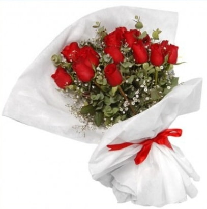 9 adet kırmızı gül buketi  Ankara çiçekçi mağazası